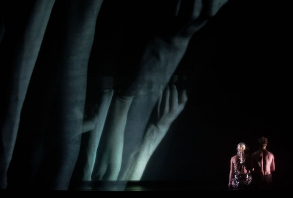 Endless song of silence. Choreography by Nanine Linning.